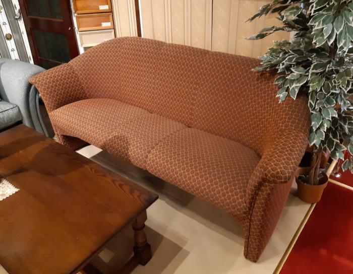 Klára 3 sedák - nová  vystavena v Č.Budějovicích