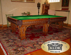 052 Bowling table