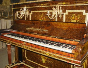 053 upright piano